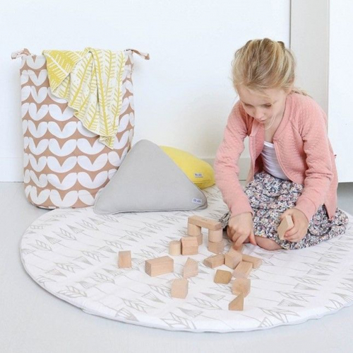 ROOMBLUSH | Lovely Kidsproof Textiles