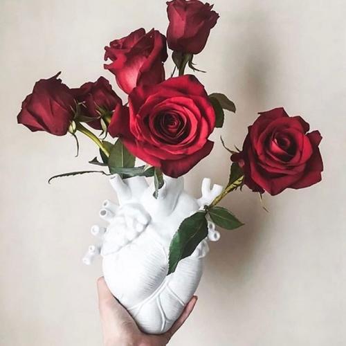 Seletti | Herzige Vasen-Liebe