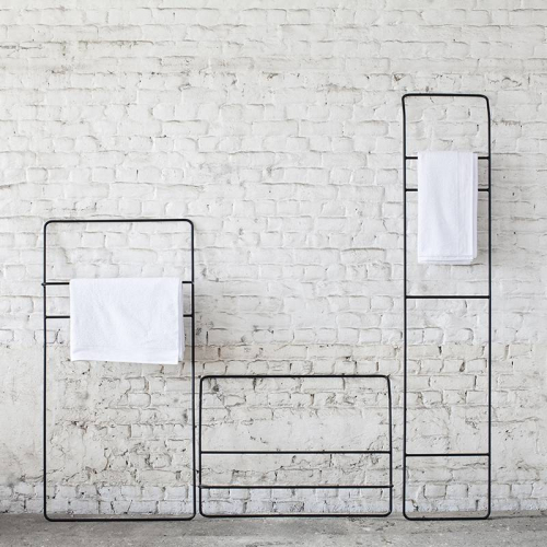 Evelien Bleumink by Serax | Ein einfaches Badezimmer