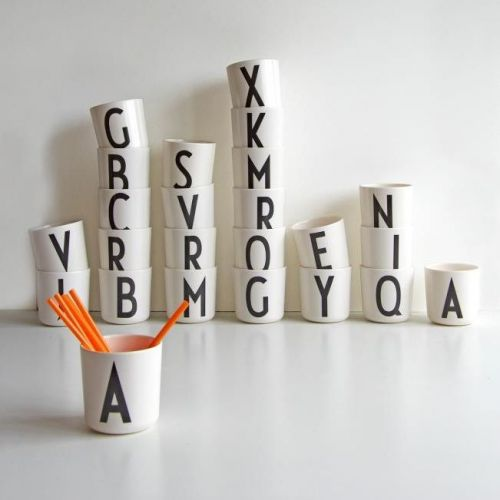 Design Letters | Typography Arne Jacobsen
