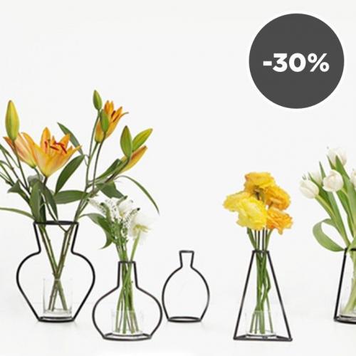 Snd.   Unique Iron Vase Holders