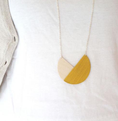 Snug. | Minimalist wood accessories
