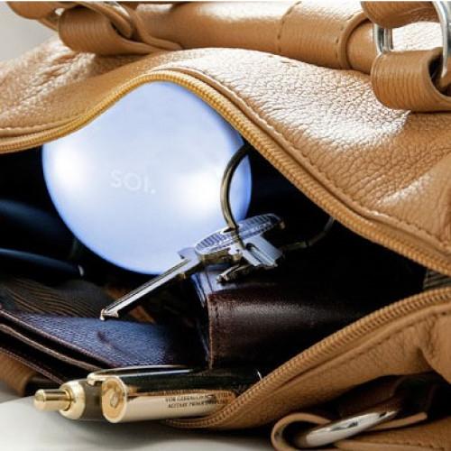 SOI | Bring Licht ins Dunkel deiner Handtasche