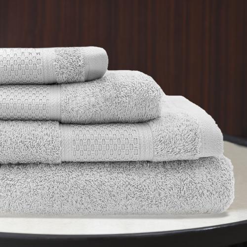 Ted Lapidus Maison | Hochwertige Badetücher zum kleinen Preis