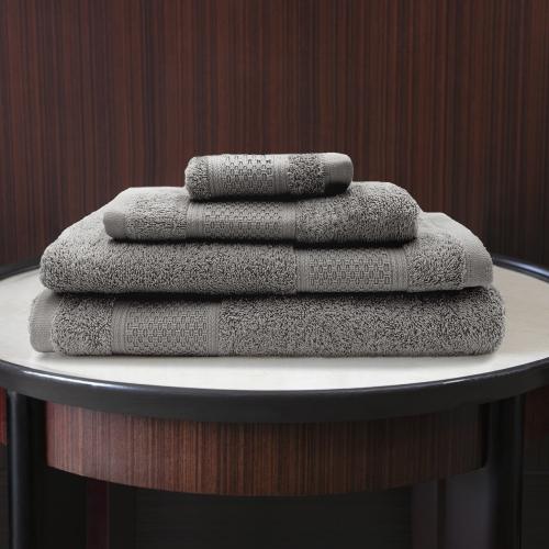 Ted Lapidus Maison | Hochwertige Badetücher zum erschwinglichen Preis
