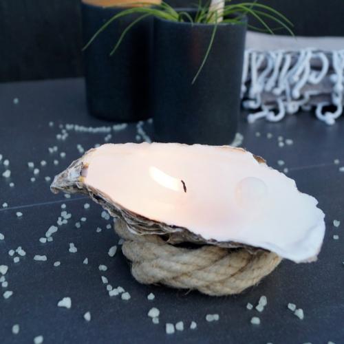 Uneven | Einzigartig & dufte: Austern-Kerzen