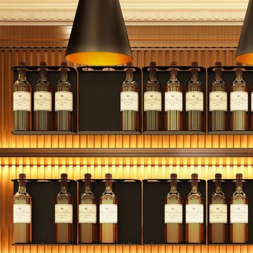 TeeBooks | Innovative Bottle Display