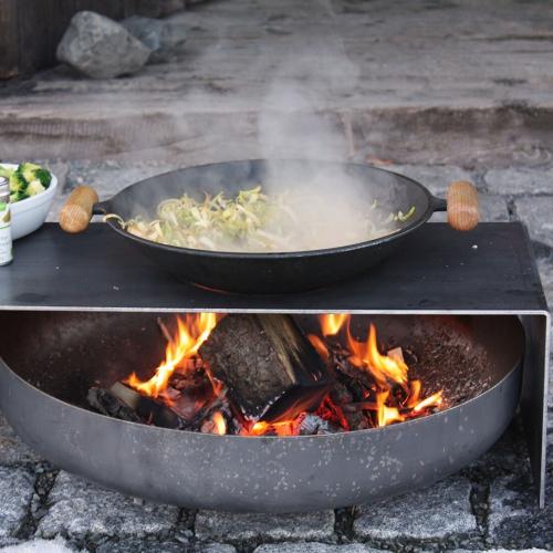 Raumgestalt   Sofortiges Teppanyaki mit dieser Feuerschalenplatte